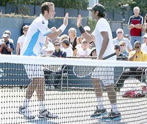 Paes-Stepanek