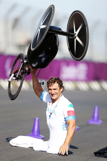 Alessandro Zanardi of Italy celebrates