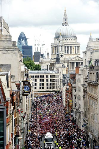 The London 2012 Victory Parade passes along Fleet Stre
