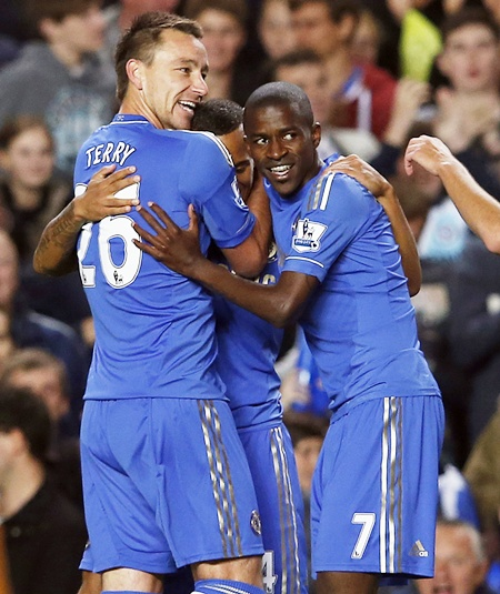 Chelsea's Ryan Bertrand (centre) celebrates his goal against Wolverhampton Wanderers with teammates John Terry (left) and Ramires