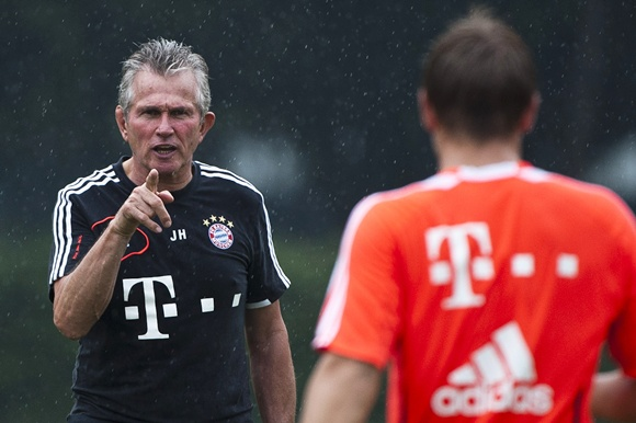 Head coach Jupp Heynckes of Bayern Muenchen during a training session