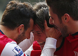 EPL: Rosicky brace lifts Arsenal to fourth