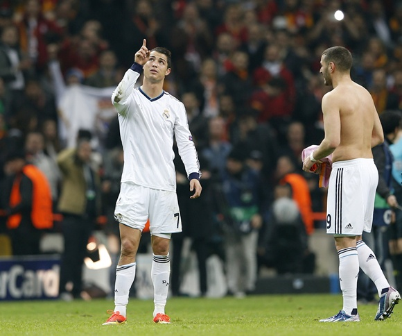 Real Madrid's Cristiano Ronaldo (left) reacts