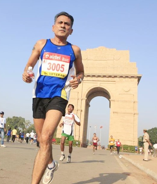 Bhasker Desai running in New Delhi