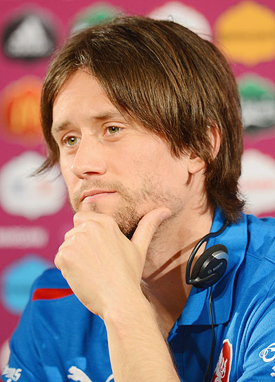 EPL: Arsenal's Rosicky still not ready to return to action