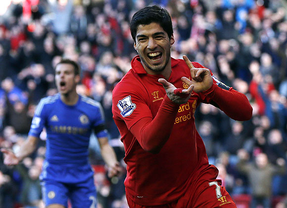 EPL: Suarez stings Chelsea, City collapse at Spurs
