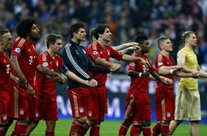 Bayern Munich players celebrate victory