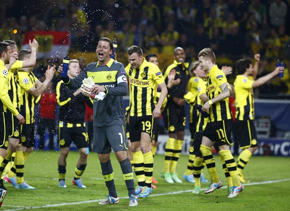 Borussia Dortmund players celebrates