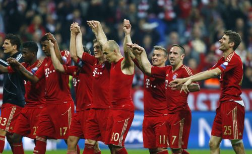Bayern Munich players celebrate after beating Barcelona