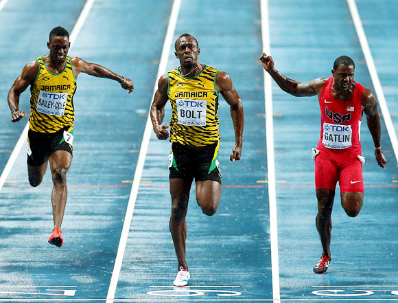 PHOTOS: Bolt clocks 9.77s, regains 100m World crown