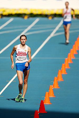 Lashmanova of Russia wins the 20km walk race on Tuesday