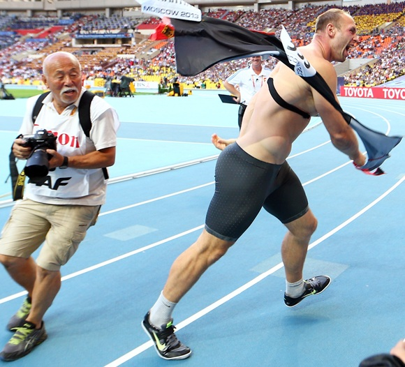 Robert Harting of Germany celebrates