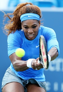 Williams to face Azarenka for Cincinnati crown