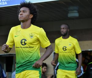 Chelsea agree deal to sign Willian from Anzhi