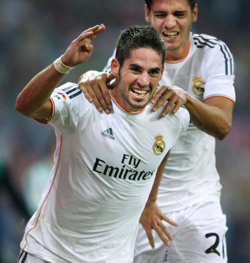 Isco celebrates a goal