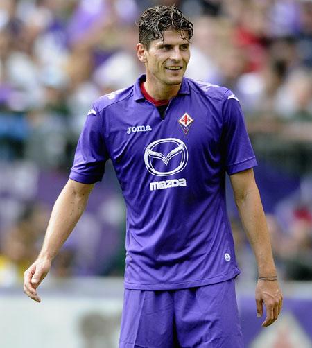 Mario Gomez of ACF Fiorentina
