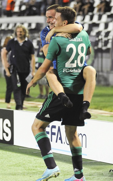 Schalke 04's Adam Szalai (28) celebrates after scoring against PAOK Salonika