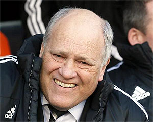 EPL: Jol sacked by Fulham after six defeats in a row