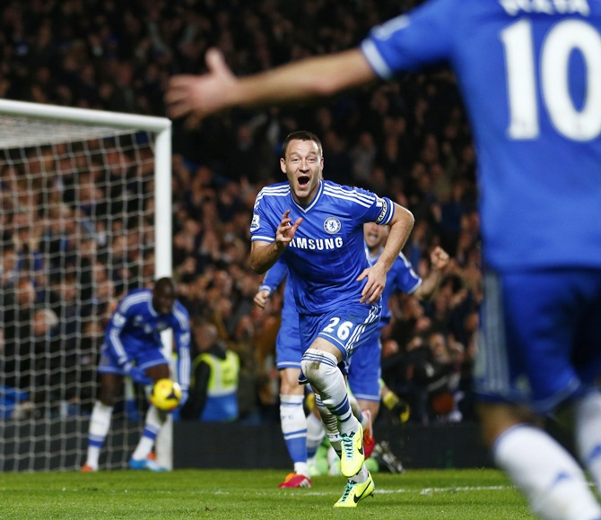 Chelsea's John Terry (centre) celebrates after scoring a goal against Southampton