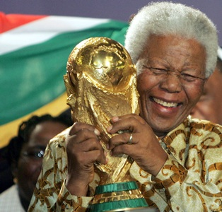 Soccer body FIFA orders flags at half mast for Mandela