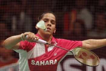 Rediff Sports - Cricket, Indian hockey, Tennis, Football, Chess, Golf - Saina starts on a losing note in BWF Superseries Final