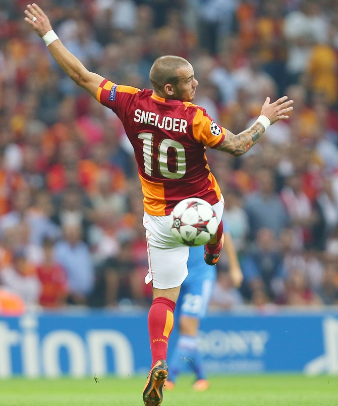 Galatasaray's Wesley Sneijder in action