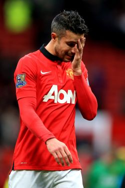Blow for Man United as Van Persie ruled out for a month