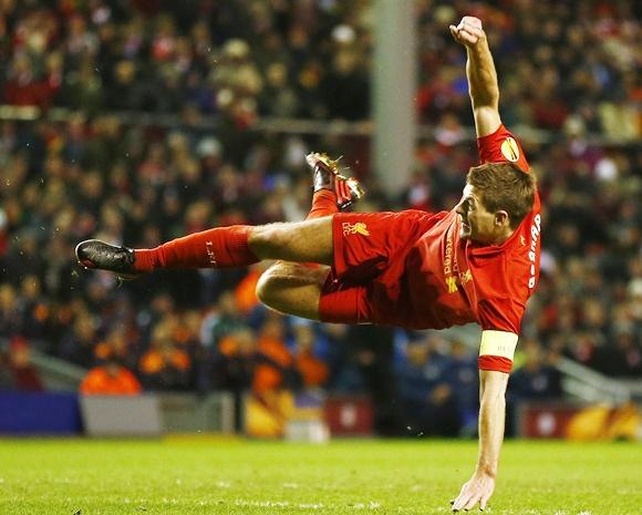 Liverpool's Steven Gerrard shoots