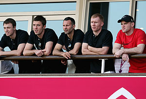 Manchester United footballers Jonny Evans, Michael Carrick, Ryan Giggs, Paul Scholes and Wayne Rooney