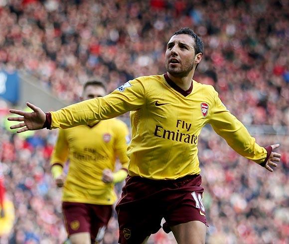 Santi Carzola celebrates after scoring a goal