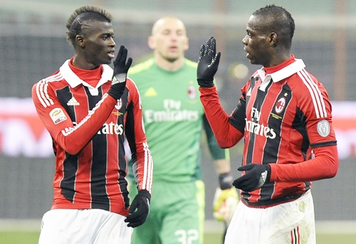 AC Milan's Mario Balotelli (right) with teammate Niang