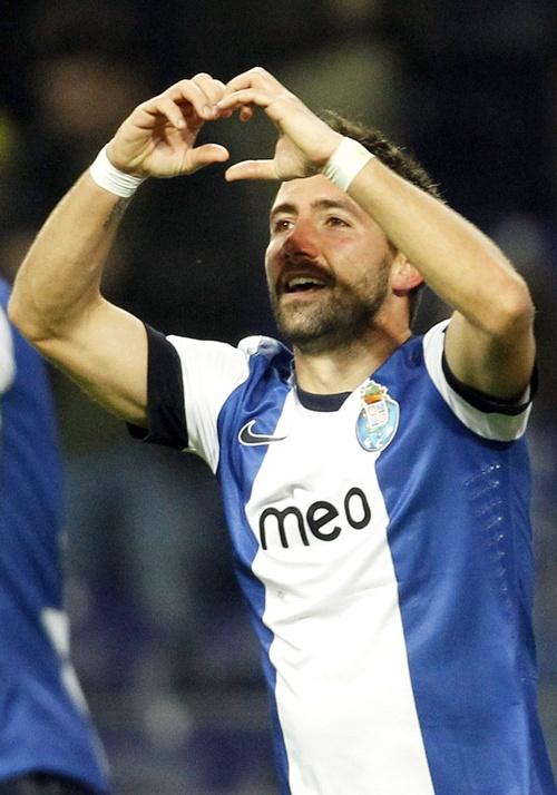 Porto's Joao Moutinho celebrates
