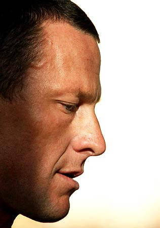 For Armstrong, legal headaches could worsen in wake of admission
