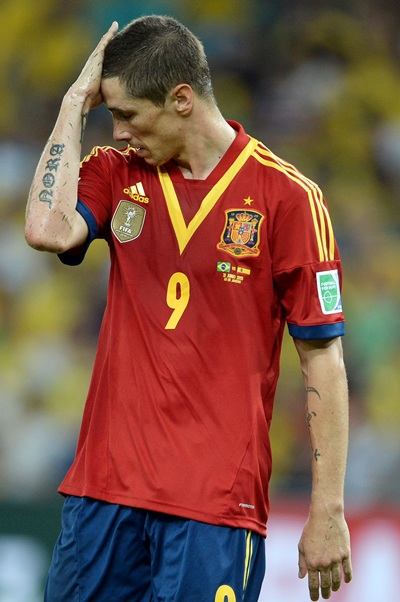 Fernando Torres of Spain reacts