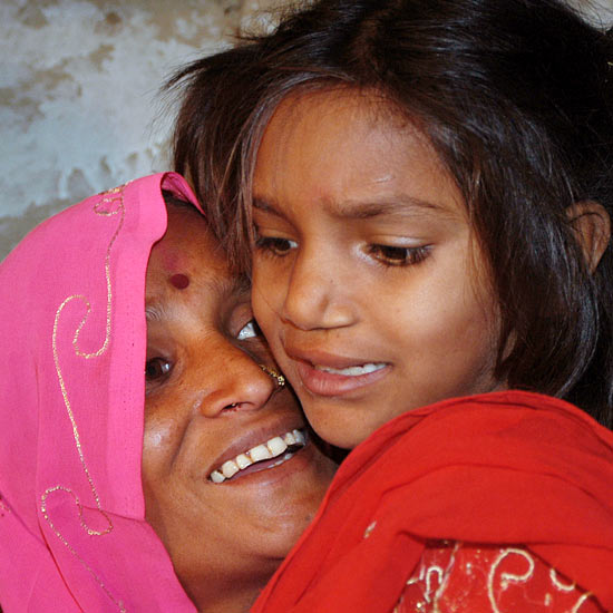Pinki Sonkar with her mother Shimla Devi