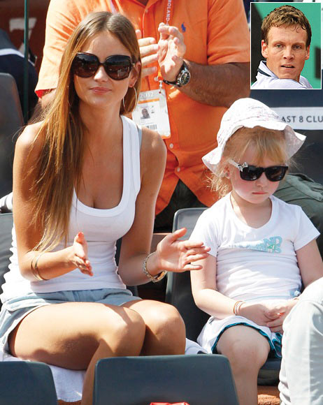 Ester Satorova (left) girlfriend of Tomas Berdych
