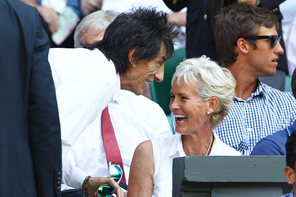 British rockstar and member of the Rolling Stones, Ronnie Wood, speaks with Andy Murray's mother, Judy Murray, before the Wimbledon final on Sunday