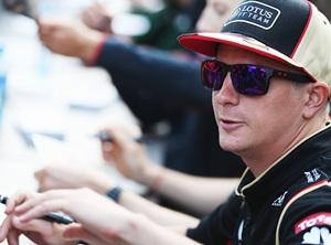 Raikkonen bides his time over 2014 decision