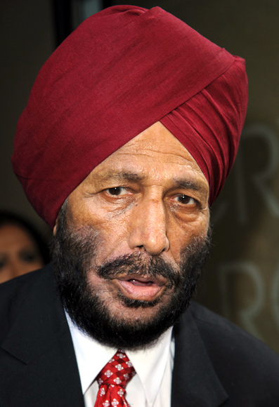 Milkha Singh attends the gala screening of Bhaag Milkha Bhaag at The Mayfair Hotel in London