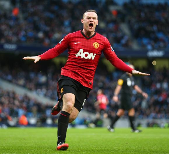 Chelsea make straight-cash bid for Man United's Rooney