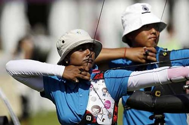 Archery World Cup: Das-Deepika eye bronze after semis loss