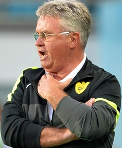 Hiddink resigns as Anzhi manager, linked with Barcelona