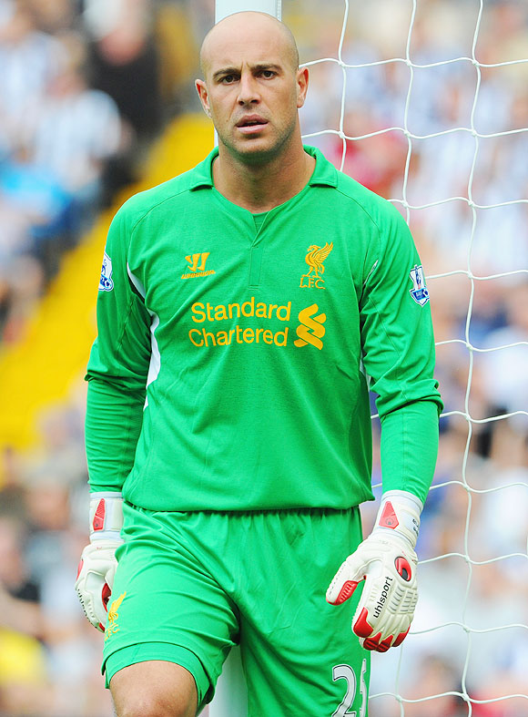Exiting Reina tells Liverpool fans: Unhappy with club management