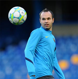Rediff Sports - Cricket, Indian hockey, Tennis, Football, Chess, Golf - Mourinho damaged Spanish football: Iniesta