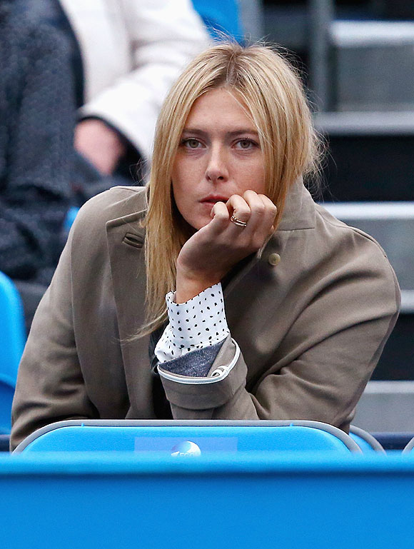 Maria Sharapova watches the match at the AEGON Championships on Monday