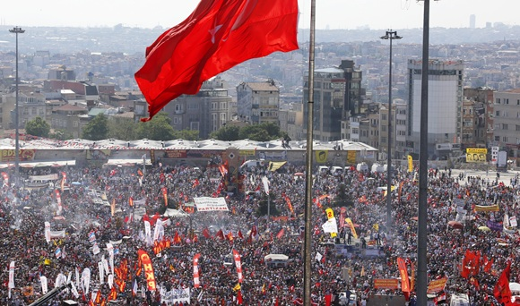 Anti-government protesters gather for a rally in Istanbul's Taksim square