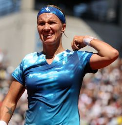 Rediff Sports - Cricket, Indian hockey, Tennis, Football, Chess, Golf - Russia's Kuznetsova pulls out of Wimbledon