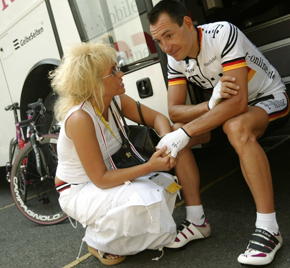 Erik Zabel, German national champion and riding for Team Telekom chats with his wife Cordola