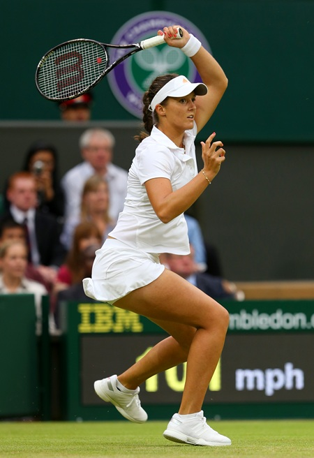 Laura Robson hits a forehand