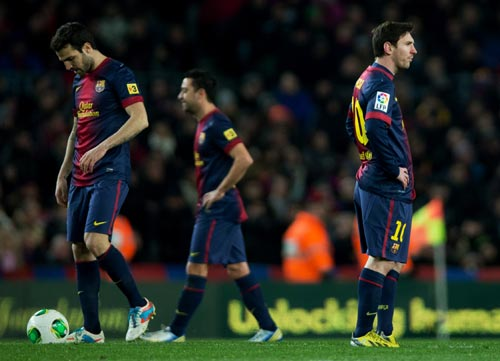 Dejected Barcelona players after losing a game